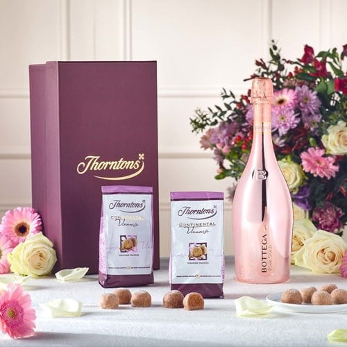 Thorntons Pink Prosecco Chocolate Hamper 30